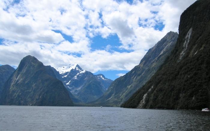 Milford Fjord.JPG