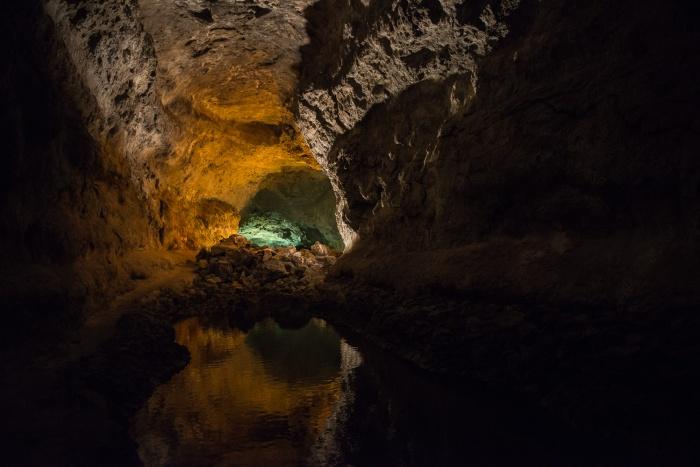 Cueva de los Verdes.jpg