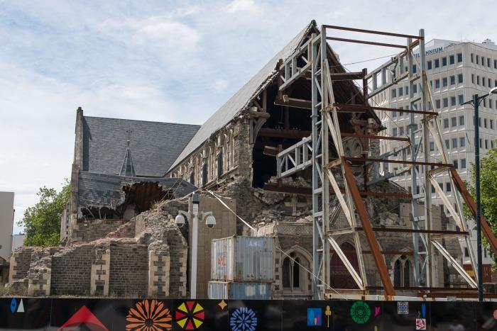 zerstörte Kathedrale.jpg